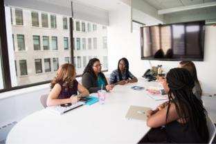 Women-in-office-meeting-312-209
